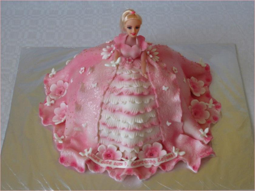 Pics Photos - Barbie Torte Barbie Torte Xpx Mcqueen Cars Torte Sacher ...