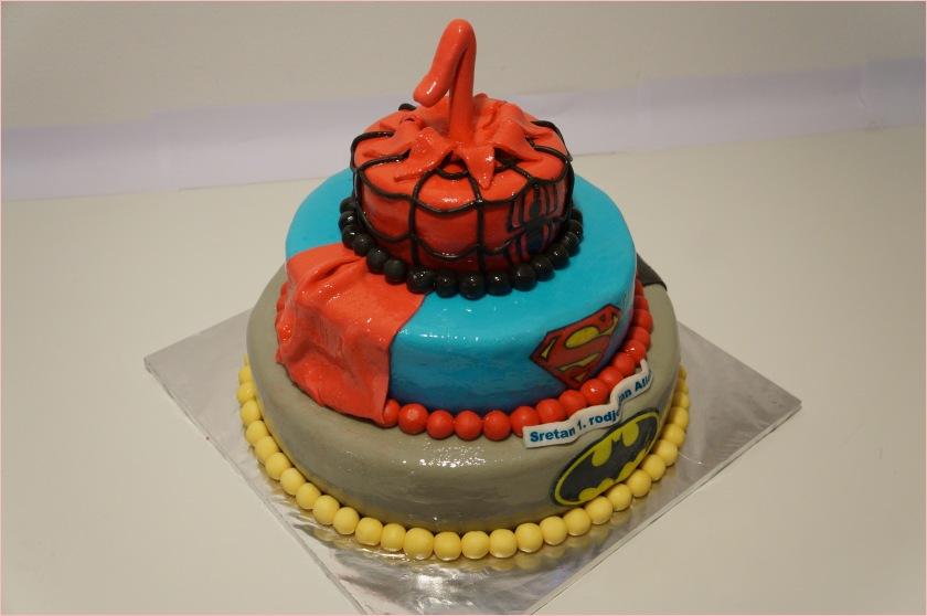 Batman, Spiderman, Superman Torte zum 1. Geburtstag - Torten - diangel ...
