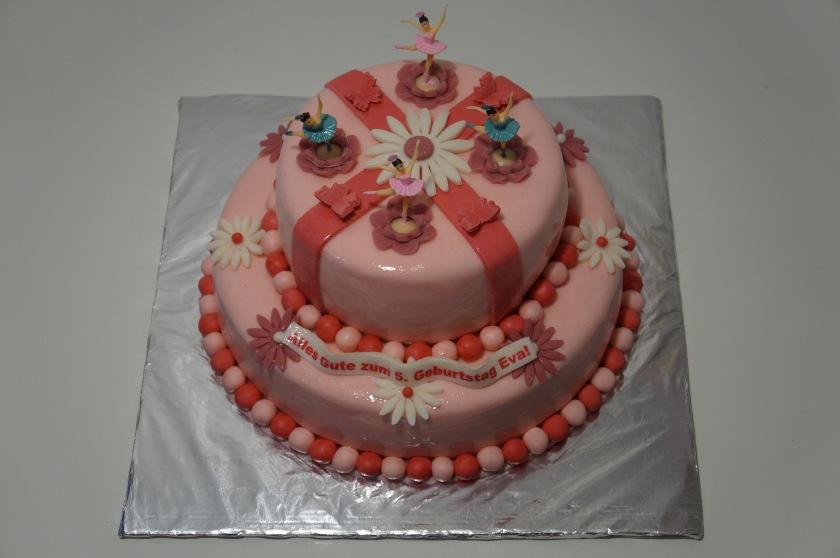 Ballerina Torte (Ballerinas, Blumen, Schmetterlinge) - Torten ...